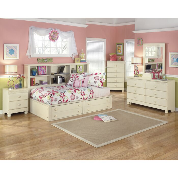 Signature Design by Ashley Cottage Retreat Platform Customizable Bedroom Set