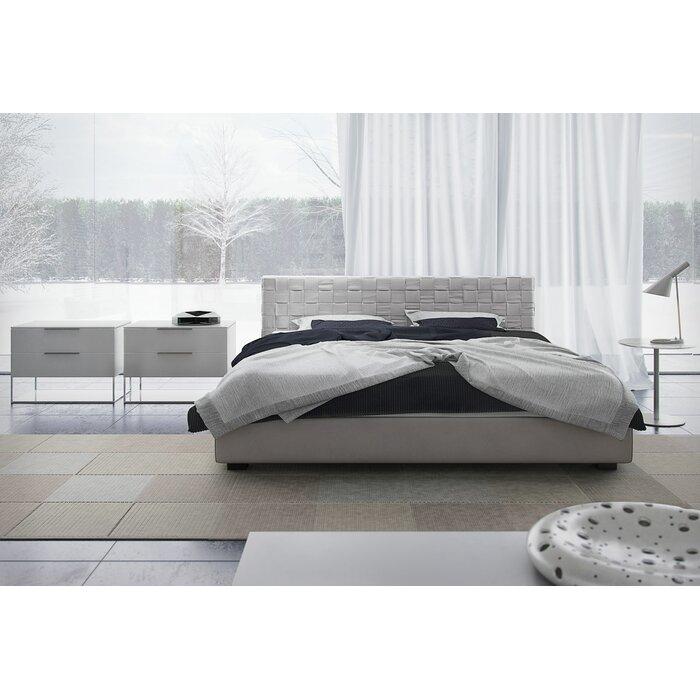 madison platform customizable bedroom set bedroom set light wood vera