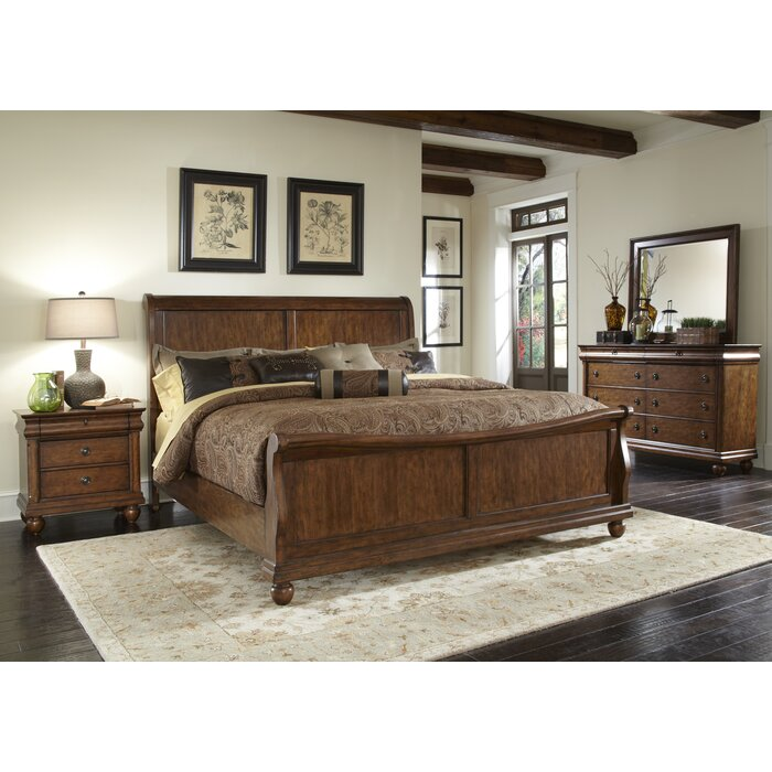 August Grove Pinesdale Sleigh Customizable Bedroom Set