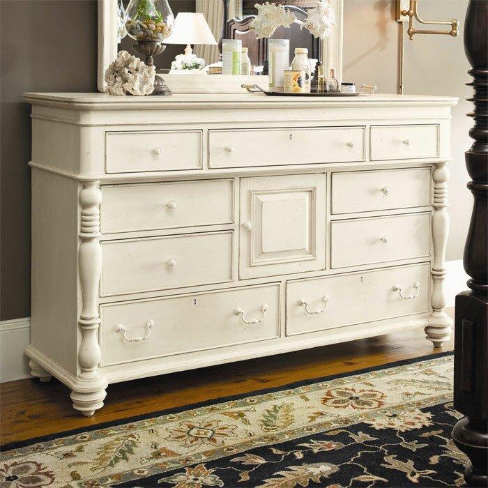Paula Deen Home Steel Magnolia Platform Customizable Bedroom Set Review