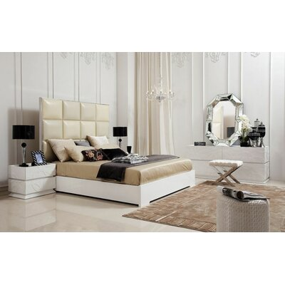Wade Logan Belafonte King Upholstered Platform Bed