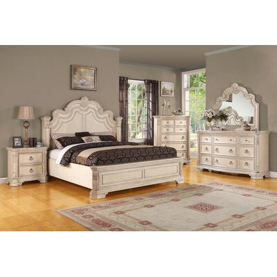 Astoria Grand Platform Customizable Bedroom Set