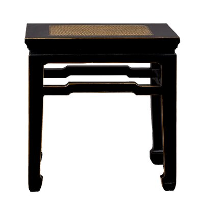 Antique Revival Chinese-Style End Table w..