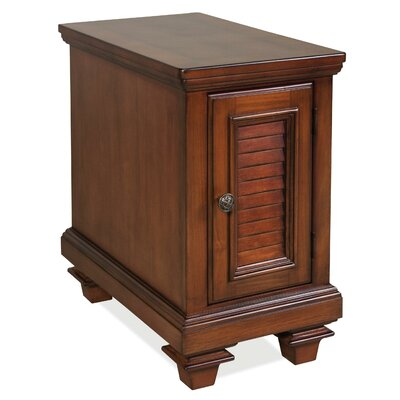 Riverside Furniture Windward Bay End T..