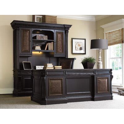 Hooker Furniture Telluride Executive Desk with Keyboard Tray