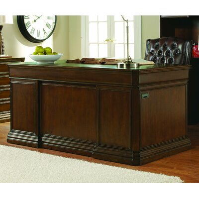 Hooker Furniture Cherry Creek Executive D..