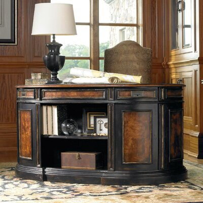 Hooker Furniture Grandover..