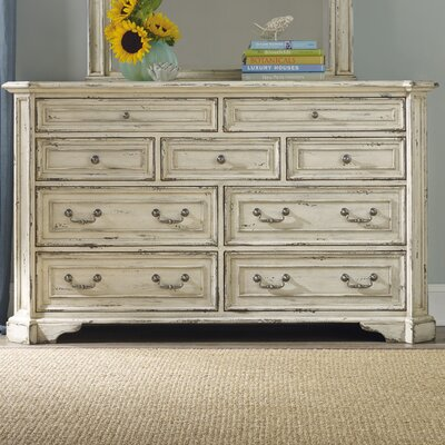 Hooker Furniture Sanctuary 9 Drawer Dresser