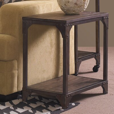 Laurel Foundry Modern Farmhouse Amanda Chairside Table