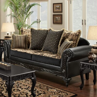 Chelsea Home Gwendolyn Sofa