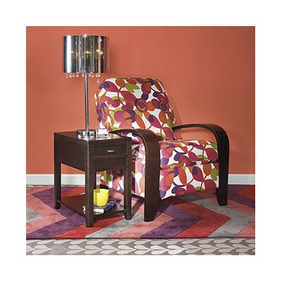 Hammary Downtown Chairside Table