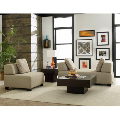 Woodhaven Hill Darby Living Room Collection