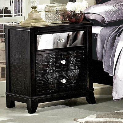 Woodhaven Hill Jacqueline 3 Drawer Nightstand