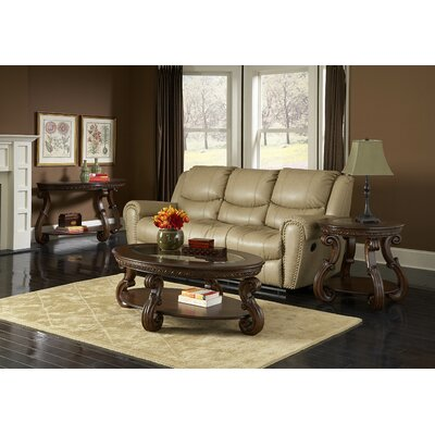 Woodhaven Hill 5556 Series Coffee Table Set