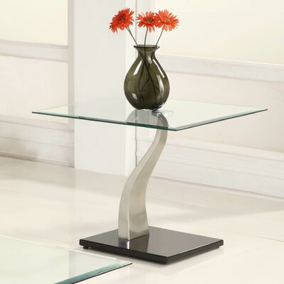 Woodhaven Hill Atkins End Table