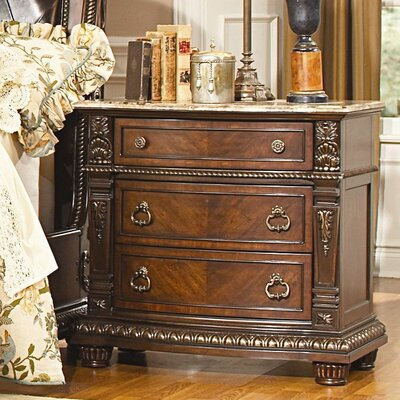 Woodhaven Hill Palace 3 Drawer Bachelor's Chest