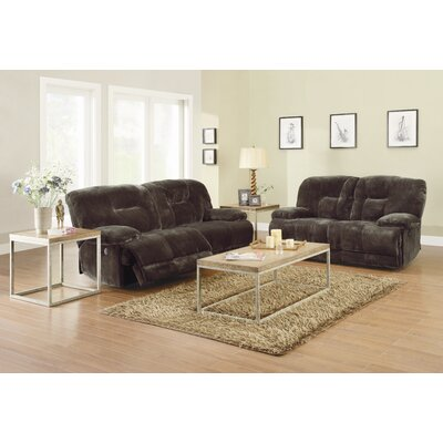 Woodhaven Hill Geoffrey Living Room Collection