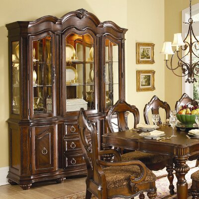 Woodhaven Hill 1390 Series China Cabinet