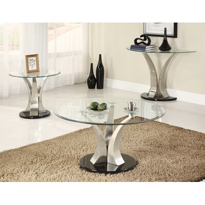 Woodhaven Hill Charlaine Coffee Table Set