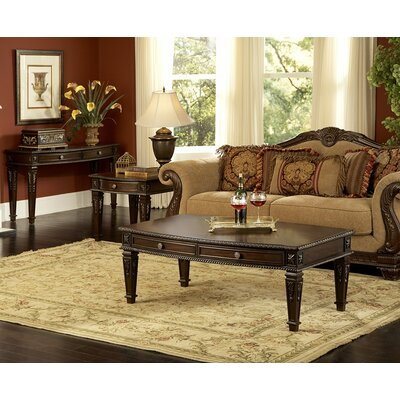 Woodhaven Hill Palace Coffee Table Set