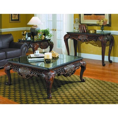 Woodhaven Hill 251 Series Coffee Table Set