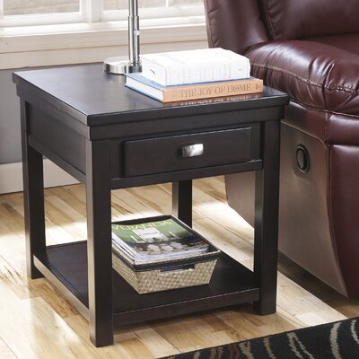 Darby Home Co Sumner End Table
