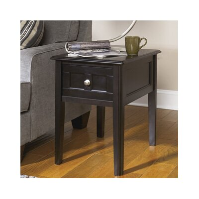 Signature Design by Ashley Chairside Table
