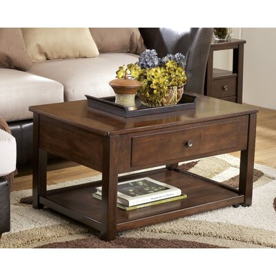 Darby Home Co Eastin Coffee Table with Li..