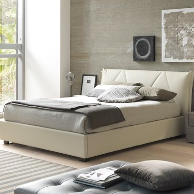 Creative Furniture Esprit Queen Upholstered Platform Bed
