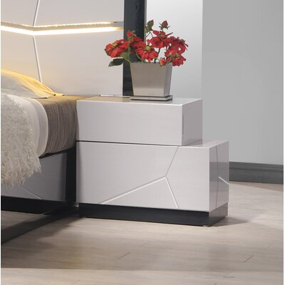 J&M Furniture Turin Right Facing Nightstand