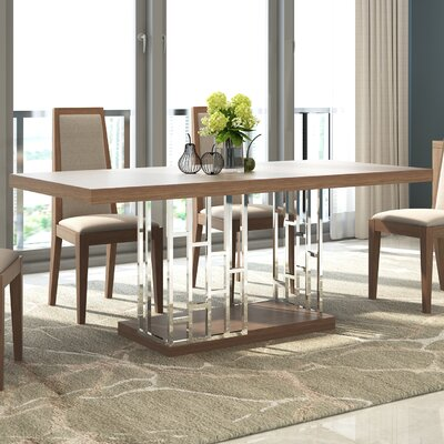 J&M Furniture Astor Dining Table