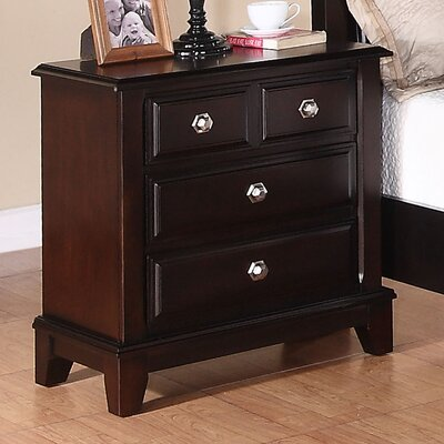 Glory Furniture Sera 3 Drawer Bachelor's Chest