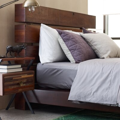Design Tree Home Iggy Platform Bed