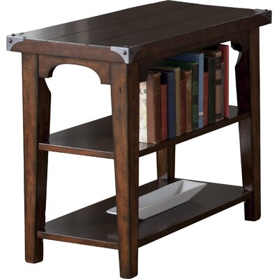 Darby Home Co Abraham Chairside Table