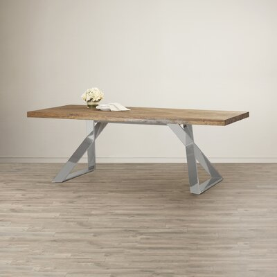 Wade Logan Troy Dining Table