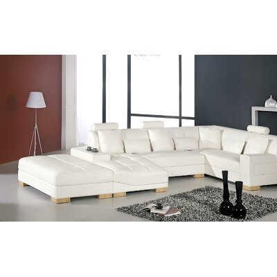 Wade Logan Guilherme Sectional