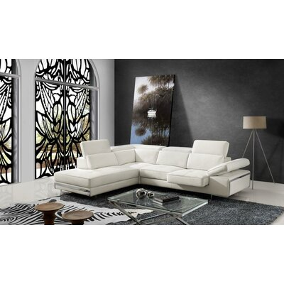 Wade Logan Advik Sectional with Sliding Seat