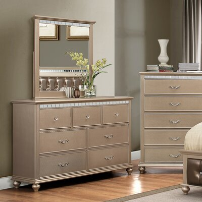 Simmons Casegoods Hollywood 7 Drawer Dresser wit..