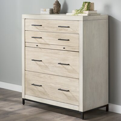 Bungalow Rose Dayana 4 Drawer Chest