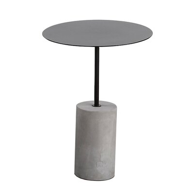 m.a.d. Furniture Pier End Table