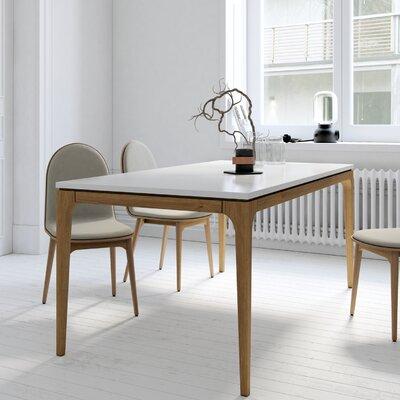 Kure Lars Dining Table