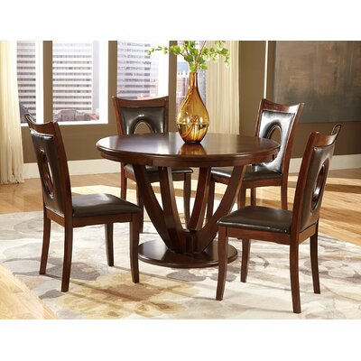Latitude Run 5 Piece Dining Set