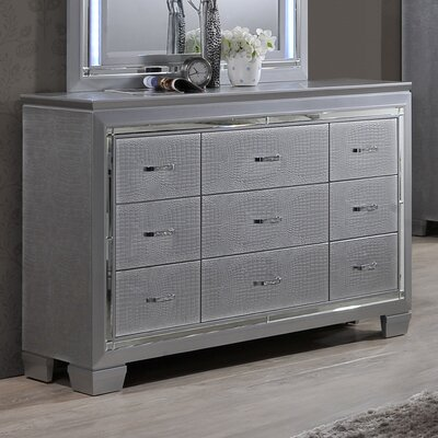 Best Quality Furniture 9 Drawer Dresser