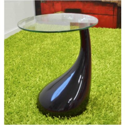 The Collection German Furniture Nelda End Table
