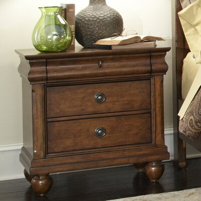 August Grove Pinesdale 3 Drawer Bachelor&..