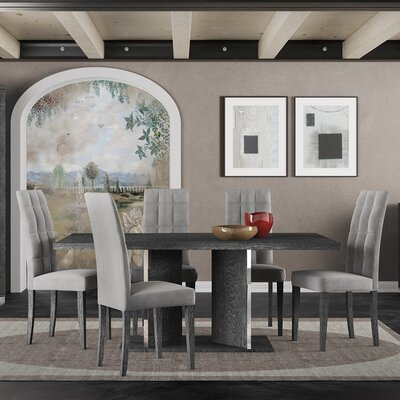 Star International Noble Extendable Dining Table