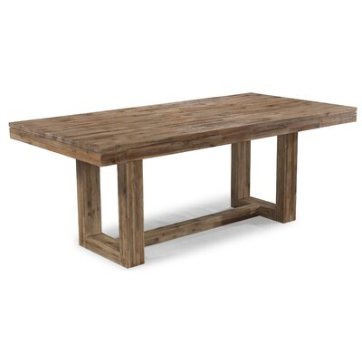 Cresent Furniture Waverly Dining Table
