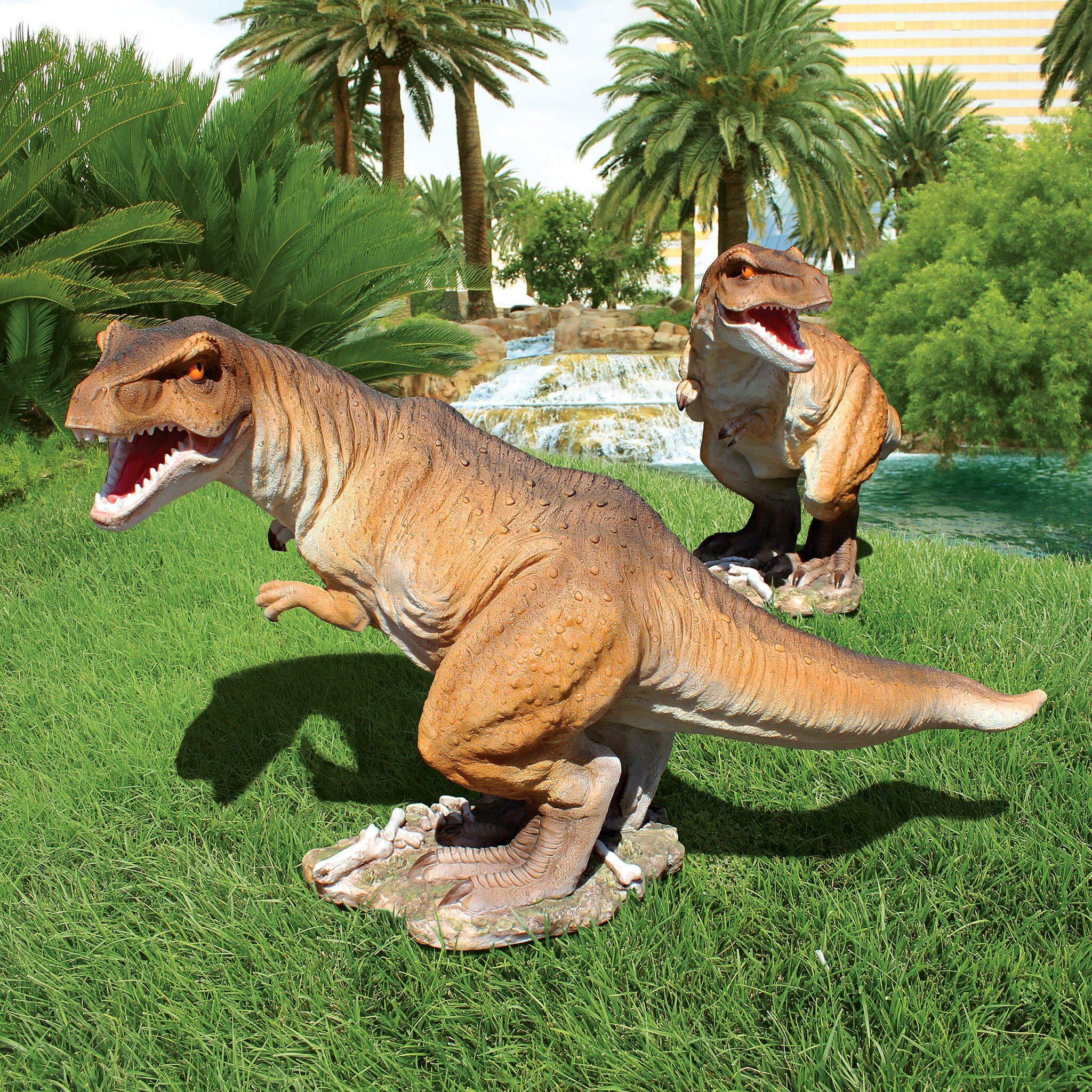 Garden Decor Newcastle: Design Toscano Scaled Jurassic T-Rex Raptor Dinosaur