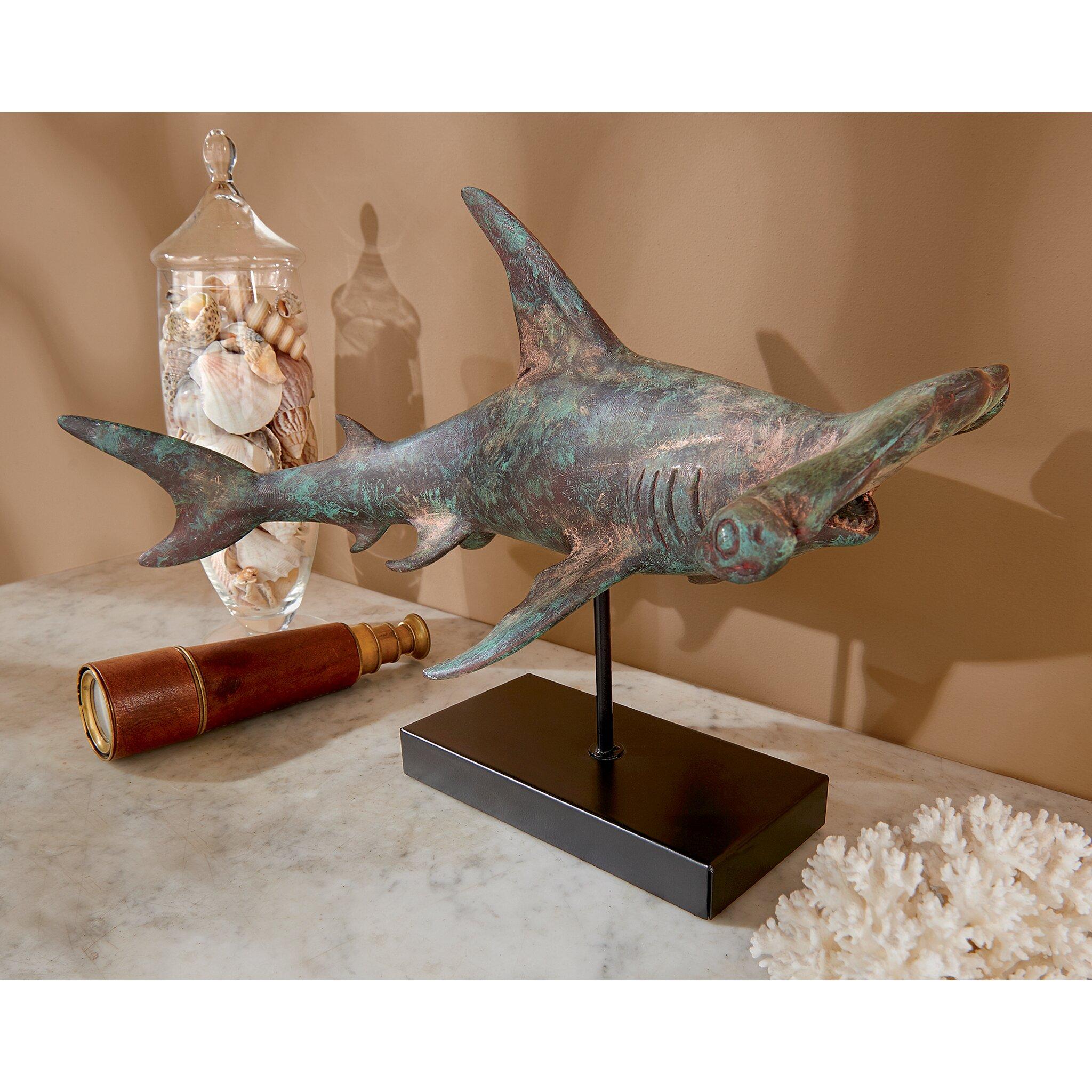 Design toscano consummate predator hammerhead shark statue for Design toscano