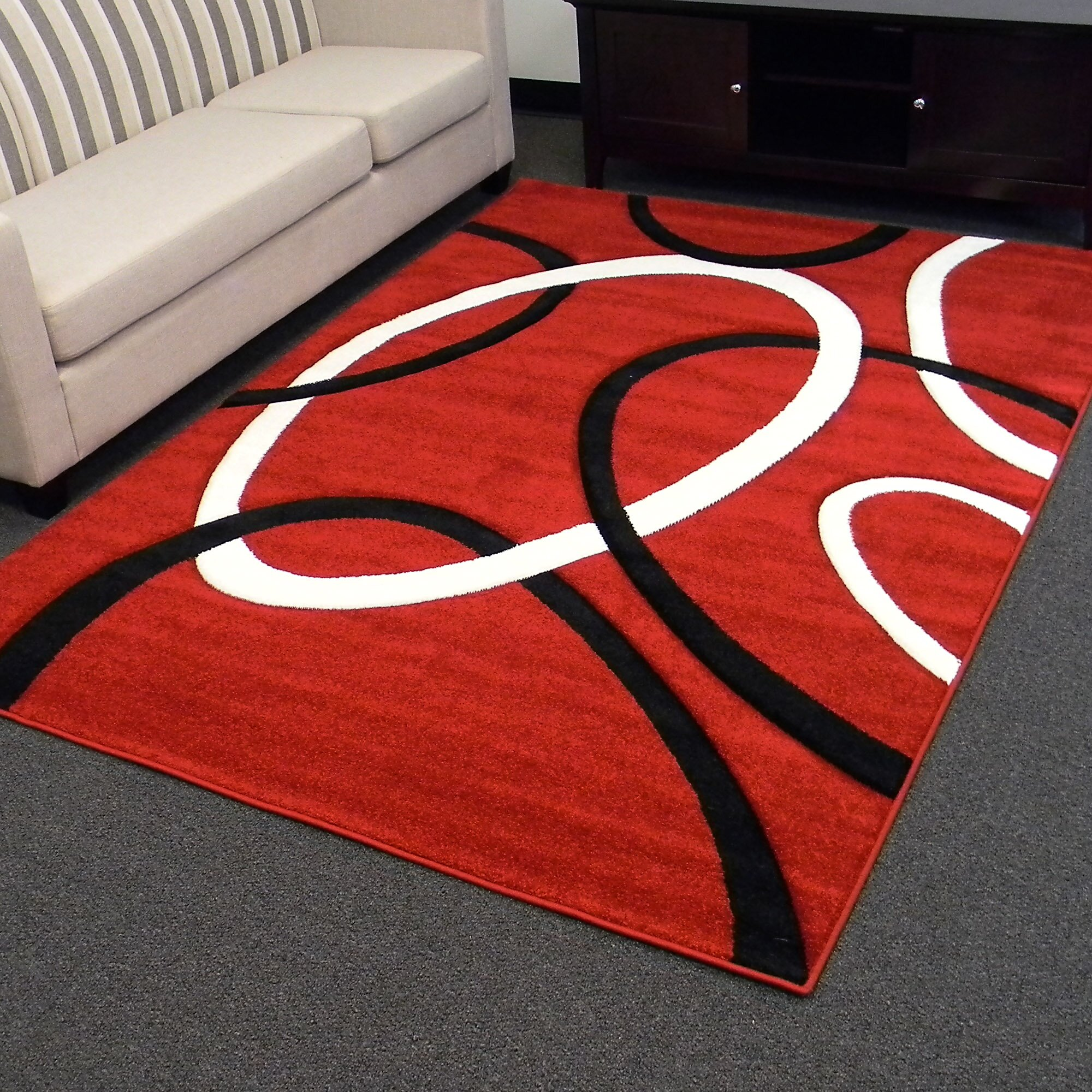 Donnieann company hollywood red geometric large circle for Large red area rugs